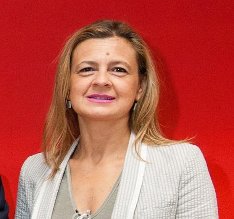 Dª. Carmen Martínez Perza.
