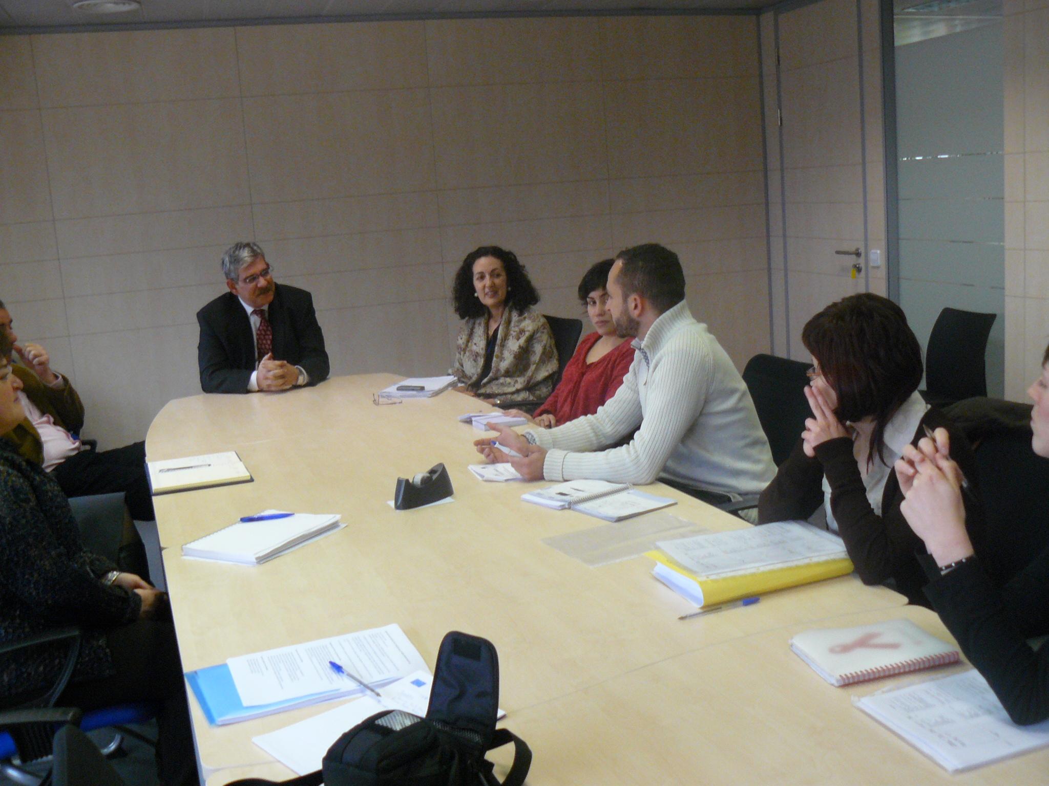 UNAD, Ayuntamiento de Madrid y Proyecto Hogar fomentarán la formación en mediación comunitaria