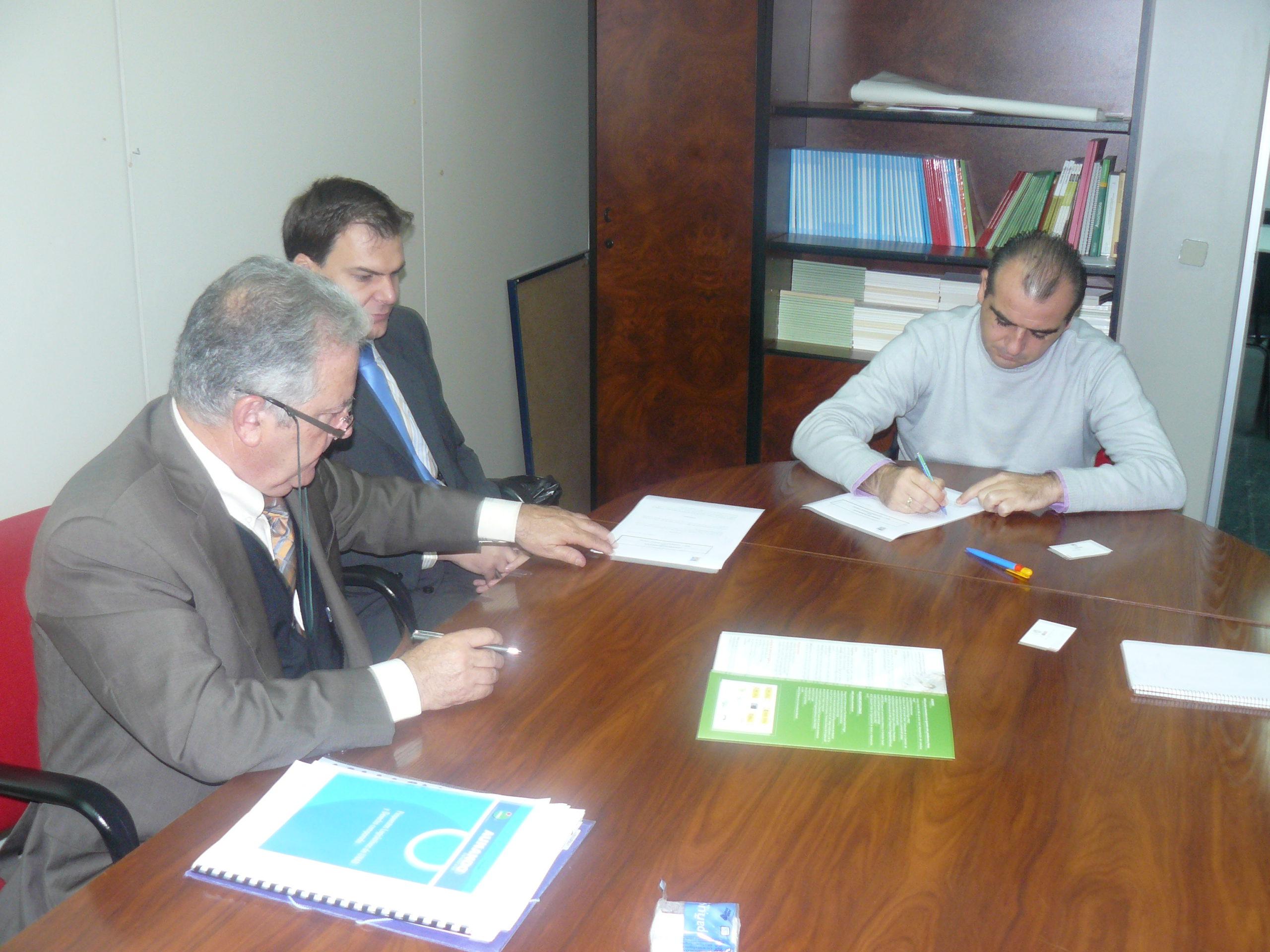 UNAD firma un convenio de colaboración con la Fundación ECA Bureau Veritas